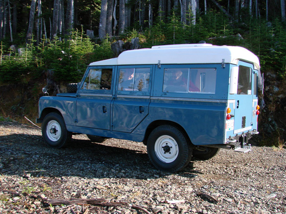 Land Rover Dormobile Pictures 7