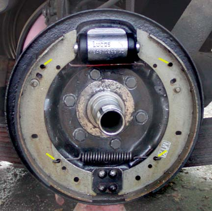 Land Rover FAQ - 109 rear brakes