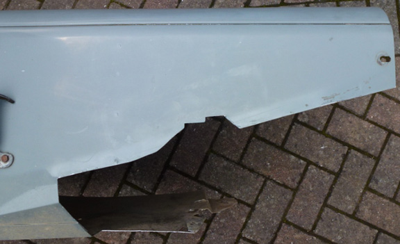 Land Rover wing cut out for power brake conversion